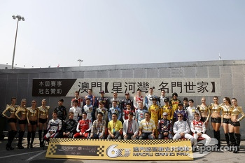 F3 Drivers group photoshoot