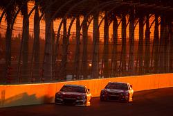 Ryan Newman, Stewart-Haas Racing Chevrolet and Juan Pablo Montoya, Earnhardt Ganassi Racing Chevrolet