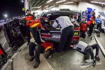 Crew members for Jeff Gordon, Hendrick Motorsports Chevrolet at work