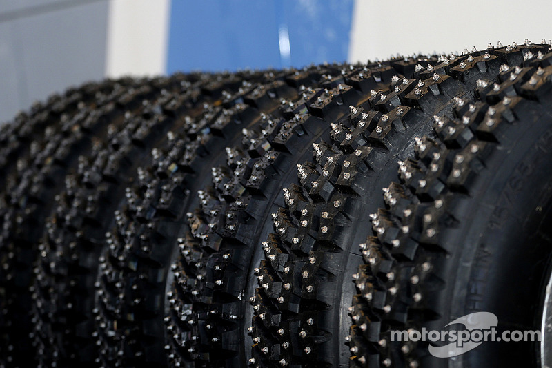 Studded snow tires at Rally Sweden