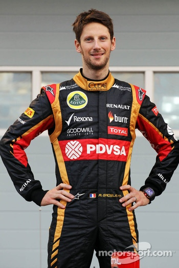Romain Grosjean, Lotus F1 Team as the Lotus F1 E22 is officially unveiled