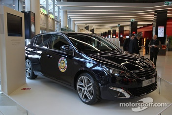 Peugeot 308 Car of the Year award