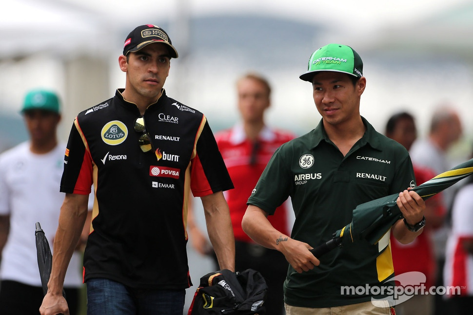 Pastor Maldonado, Lotus F1 Team and Kamui Kobayashi, Caterham F1 Team