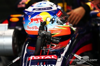 Red Bull Racing RB10 steering wheel for Daniel Ricciardo, Red Bull Racing