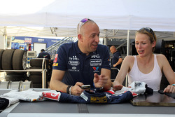 Tom Coronel, Chevrolet RML Cruze TC1, Roal Motorsport and his girlfriend
