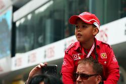 A young fan.
