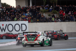 Gianni Morbidelli, Chevrolet RML Cruze TC1, ALL-INKL_COM Munnich Motorsport and Tiago Monteiro, Honda Civic WTCC, Castrol Honda WTCC Team