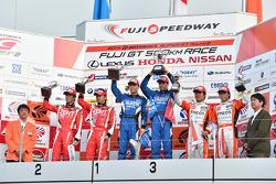 GT500 podium: winners Hironobu Yasuda, Joao Paulo de Oliveira, second place Yuji Tachikawa, Kohei Hirate, third place Kazuya Oshima, Yuji Kunimoto