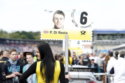 Gridgirl of Paul Di Resta, Mercedes AMG DTM-Team HWA DTM Mercedes AMG C-CoupÈ