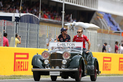 Max Chilton, Marussia F1 Team and Jean-Eric Vergne, Scuderia Toro Rosso