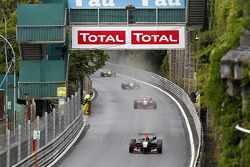 Start: Esteban Ocon leads