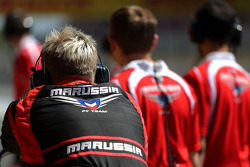 Marussia F1 Team mechanics