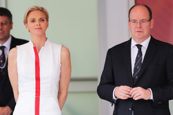HSH Prince Albert of Monaco, with his wife Princess Charlene of Monaco, on the podium