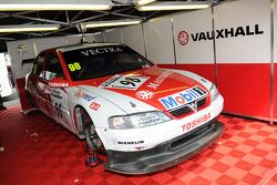 John Cleland's 1997 Vauxhall Vectra V97-001