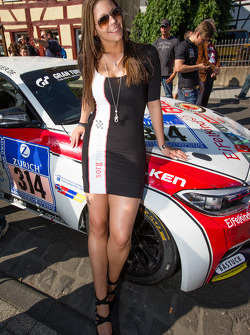 Sorg Rennsport hostess