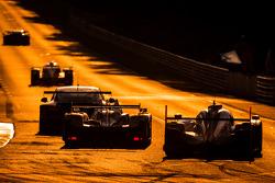 #38 Jota Sport Zytek Z11SN - Nissan: Simon Dolan, Harry Tincknell, Oliver Turvey, #2 Audi Sport Team Joest Audi R18 E-Tron Quattro: Marcel Fässler, Andre Lotterer, Benoit Tréluyer