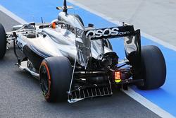 F1: Stoffel Vandoorne, McLaren MP4-29 Test and Reserve Driver running sensor equipment