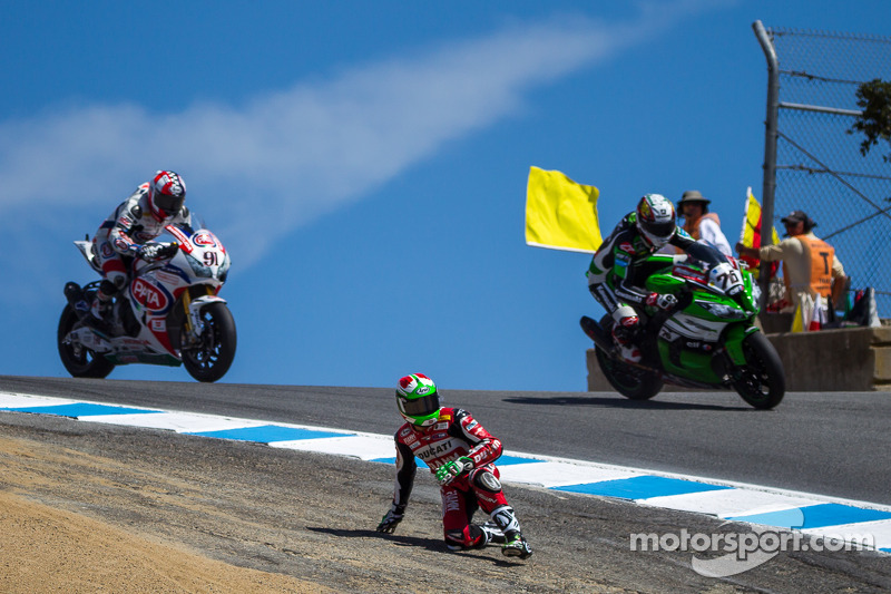 Trouble for Davide Giugliano