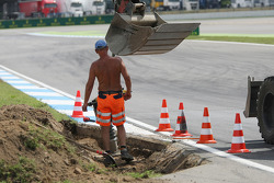 Circuit preparations as part of it is dug up