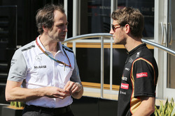 (L to R): Ciaron Pilbeam, McLaren Chief Race Engineer with Romain Grosjean, Lotus F1 Team