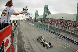 Mike Conway, Ed Carpenter Racing Chevrolet takes the win