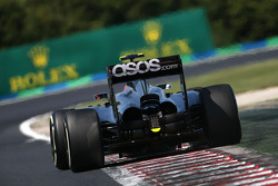 Kevin Magnussen , McLaren F1