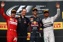 F1: Fernando Alonso, Daniel Ricciardo and Lewis Hamilton on the podium
