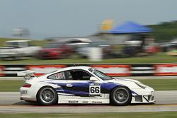 #66 2004 Porsche 996 RSR:Alex Welch