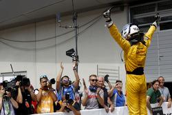 Race winner Tom Blomqvist, Jagonya Ayam with Carlin Dallara F312 Volkswagen