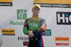 BTCC: Second place Colin Turkington