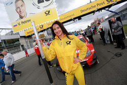 Gridgirl of Vitaly Petrov, Mercedes AMG DTM-Team Mucke DTM Mercedes AMG C-Coupe