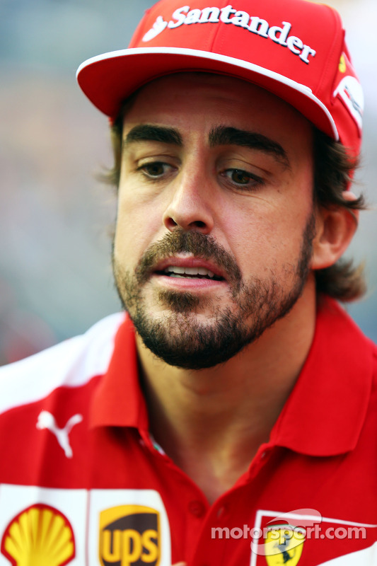 Alonso Ferrari Fire Fernando Alonso Ferrari on