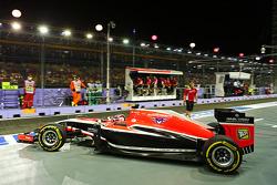 Max Chilton, Marussia F1 Team MR03 leaves the pits