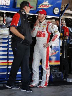 Dale Earnhardt Jr., Hendrick Motorsports Chevrolet with crew chief Steve Letarte