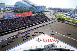 Nico Rosberg, Mercedes AMG F1 W05 runs wide ahead of race winner Lewis Hamilton, Mercedes AMG F1 W05 at the start of the race