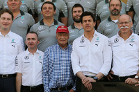 (L to R): Paddy Lowe, Mercedes AMG F1 Executive Director, Mercedes Non-Executive Chairman; Toto Wolff, Mercedes AMG F1 Shareholder and Executive Director; and Dr. Dieter Zetsche, Daimler AG CEO at a team photograph