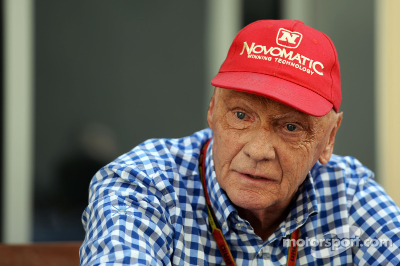 Niki Lauda, Mercedes Non-Executive Chairman | FORMULA 1 photos | Main gallery | Motorsport.com