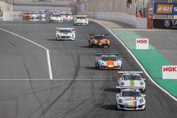 Pace lap: #7 Lechner Racing Middle East Porsche 991 Cup: Fahad Algosaibi, Clemens Schmid, Klaus Bachler, Jaap van Lagen