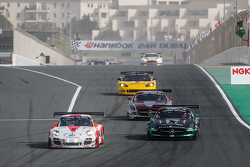 #12 Fach Auto Tech Porsche 997 GT3 R: Otto Klohs, Martin Ragginger, Jens Richter, Sven Müller and #2 Black Falcon Mercedes SLS AMG GT3: Abdulaziz Al Faisal, Hubert Haupt, Yelmer Buurman, Oliver Webb battle for the lead
