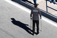Toto Wolff, Mercedes AMG F1 Shareholder and Executive Director on crutches