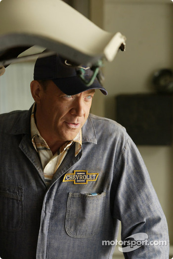 J.K. Simmons as Ralph Earnhardt