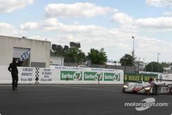 #5 Audi Sport Japan Team Goh Audi R8: Seiji Ara, Rinaldo Capello, Tom Kristensen takes the checkered flag