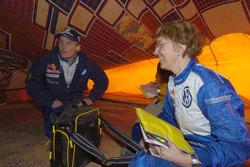 Jutta Kleinschmidt and Fabrizia Pons at the bivouac