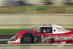 #36 Toyota Team Tom's Toyota TS010: Eddie Irvine, Toshio Suzuki, Masanori Sekiya