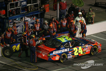 Pitstop at the end of the first segment: Jeff Gordon