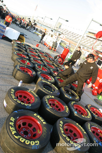 Dodge Dealers crew members prepare wheels