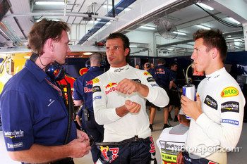 Christian Horner, Vitantonio Liuzzi and Christian Klien