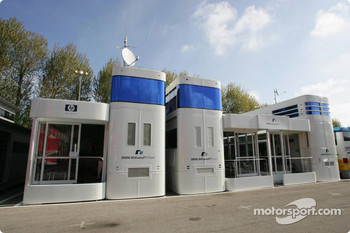 Williams-BMW hospitality area