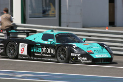Pitstop for #9 Vitaphone Racing Team Maserati MC 12 GT1: Timo Scheider, Michael Bartels