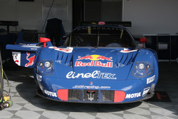 Maserati MC 12 of Peter, Buncombe and Rusinov